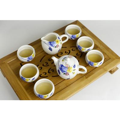 Canendula 8-piece Tea Set with bamboo teaboard