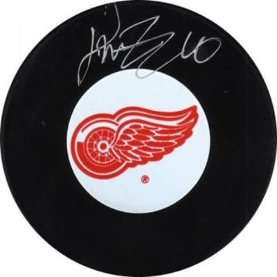 Henrik Zetterberg Autographed Detroit Red Wings Puck