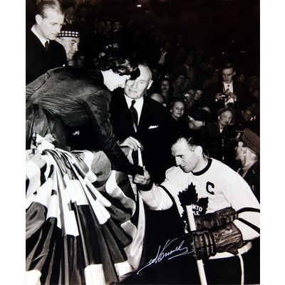 Ted Kennedy 11X14 Autographed Photograph - Toronto Maple Leafs (Queen)