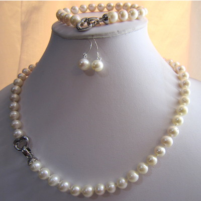 7-8mm White Color Fresh Water Pearls Set