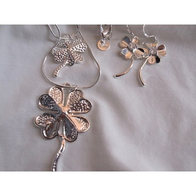 Silver Necklace With Earring