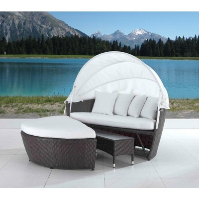 Modern Outdoor Wicker Covered Loveseat - SOGNO DELUXE