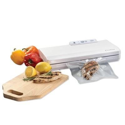 FoodSaver Countertop V2040 Vacuum Sealing System,White Starter Kit