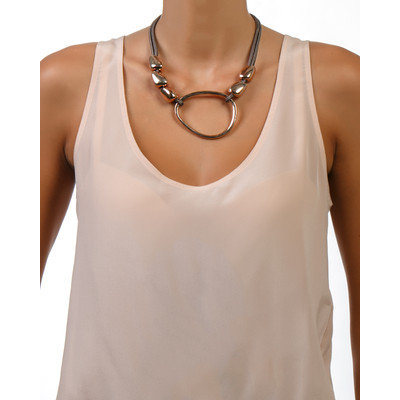 Short Necklace With Asymmetric Egg Beads In Rose Gold