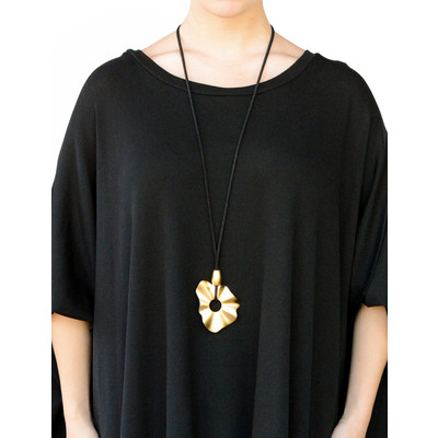 Long Necklace With Artistic Small Flower Pendant In Matte Gold