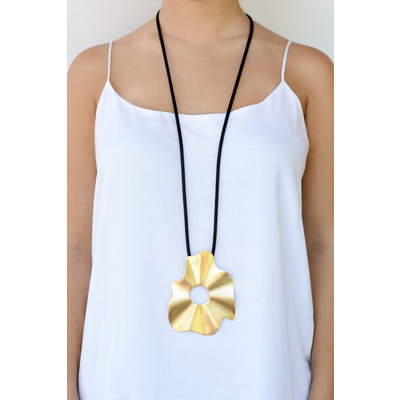 Long Necklace With Artistic Big Flower Pendant In Matte Gold