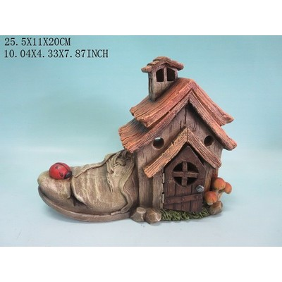 Fairy Garden - Shoe House with Ladybug