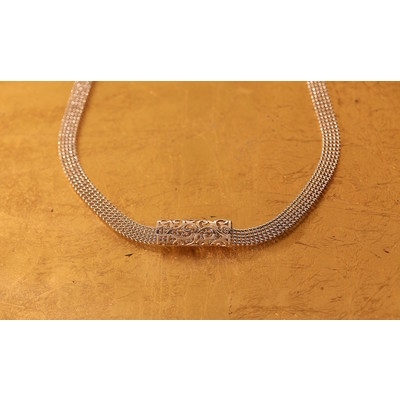 """Flora """"1 silver round cylinder"""" ribbon chain necklace"""